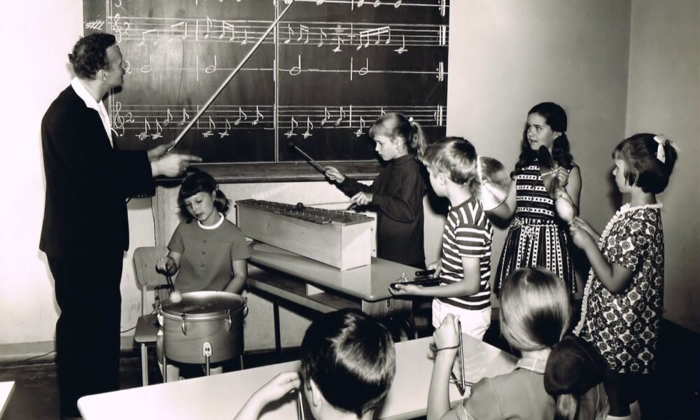 Musiktheorie An Der Ernst-Schneller-Oberschule Leipzig (1965)