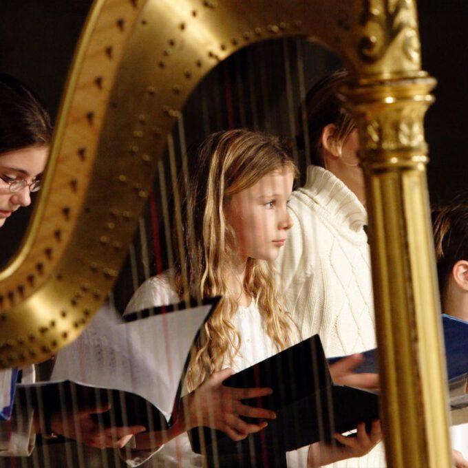 Traditionelles Weihnachtsliedersingen Der Schola Cantorum Leipzig In Der Peterskirche