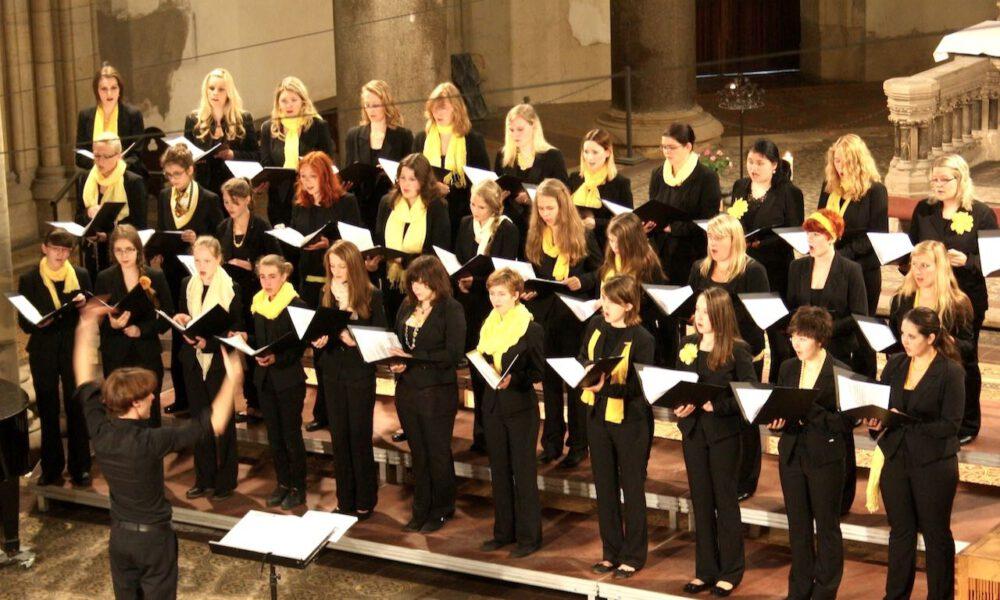 Mädchenchor Und Ensemble Beim Leipziger Bachfest In Der Peterskirche (2012)