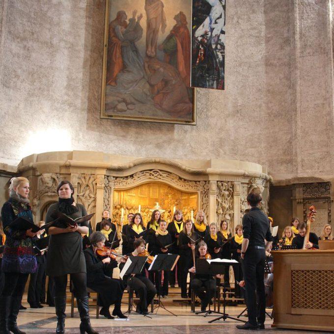 """Aufführung Von G. B. Pergolesis """"Stabat Mater"""" In Der Kreuzkirche"""