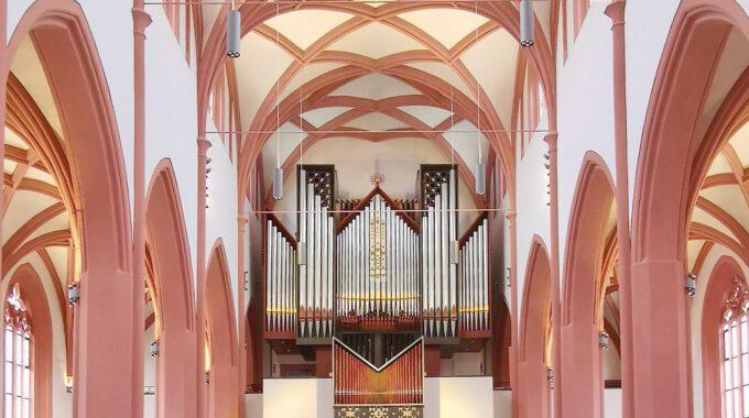 Innenansicht Der Stadtkirche Bayreuth Mit Orgel