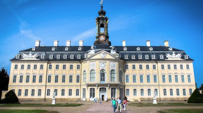 Außenansicht Der Schlosskapelle Hubertusburg In Wermsdorf