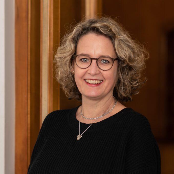 Annett Müller (Portraitfoto)