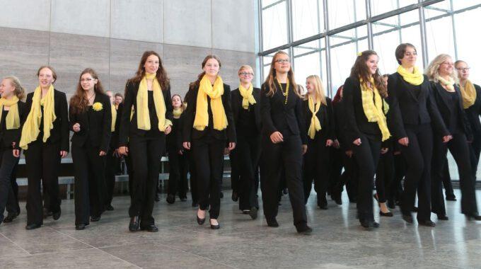 Mitglieder Des Mädchen- Und Frauenchores Der Schola Cantorum Im Museum Der Bildenden Künste Leipzig