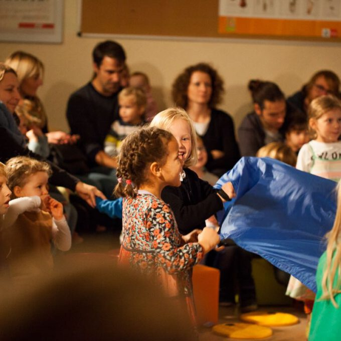 """Kinder Mit Klassischer Musik In Berührung Zu Bringen, Ist Das Anliegen Der Konzertreihe """"Große Musik Für Kleine Ohren"""""""