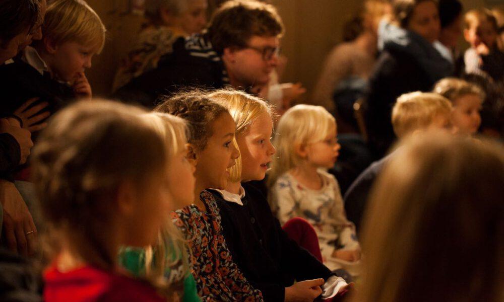 Kinder Mit Klassischer Musik In Berührung Zu Bringen, Ist Das Anliegen Der Konzertreihe