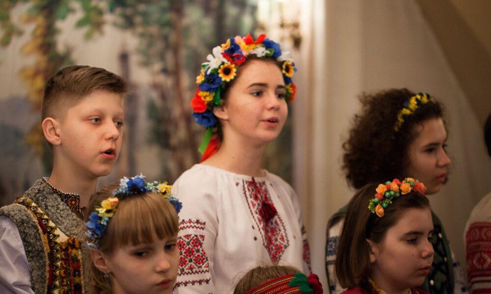 """Mitglieder Des Unkrainischen Kinder- Und Jugendchores """"Tsviten"""" Im Mendelssohn-Haus Leipzig"""