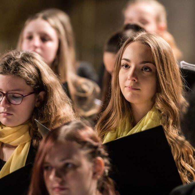 Weihnachtsliedersingen Des Mädchen- Und Frauenchores In Der Leipziger Peterskirche