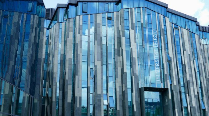 Fassade Der Universität Leipzig