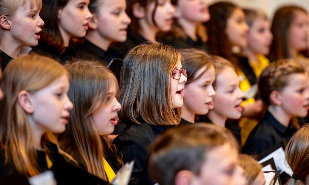 Mitglieder Des Kinderchores Während Eines Konzertes
