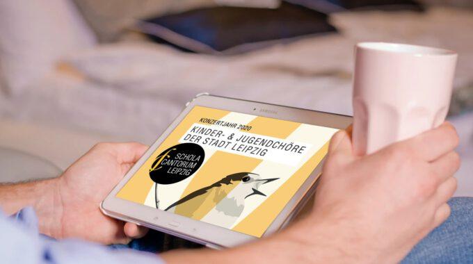Der Neue Konzertkalender Für Das Jahr 2020 Wird Auf Einem Tablet Angezeigt.