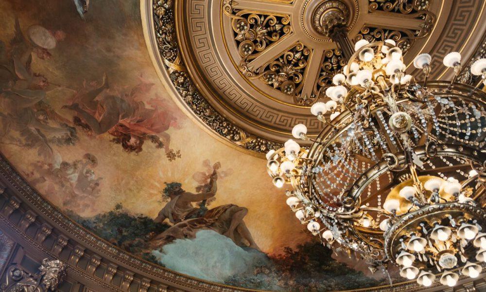 Kronleuchter Im Palais Garnier In Paris