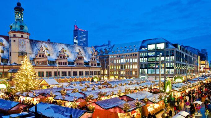 Leipziger Weihnachtsmarkt Mit Altem Rathaus
