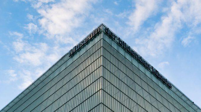 Glasfassade Des Museums Der Bildenden Künste Leipzig