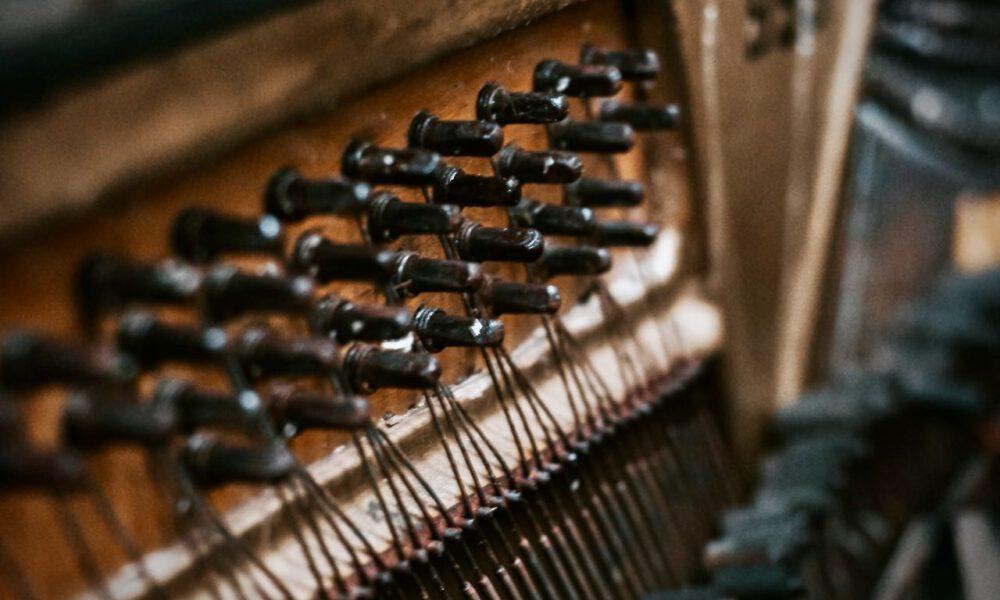 Nahaufnahme Der Stimmwirbel Eines Klaviers