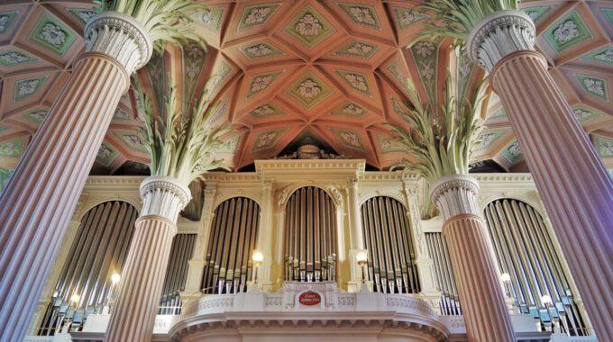 Nikolaikirche Leipzig Mit Empore Und Orgel