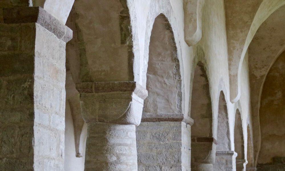 Romanische Säulenkapitelle In Der Klosterkirche Ilsenburg