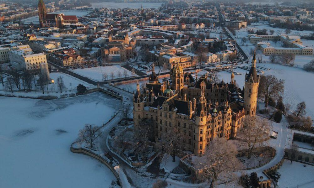 Schweriner Schloss: Luftaufnahme Im Winter