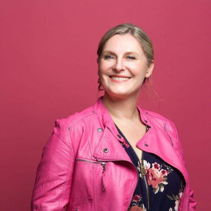 Stefanie Schuster-Smits (Portraitfoto)